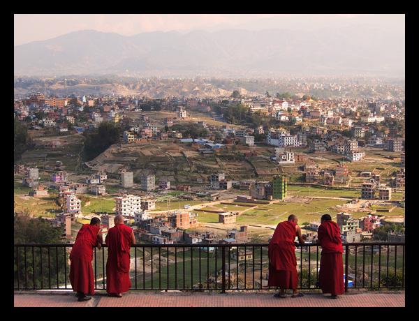 Kopan munkar och utsikt över kathmandu-dalen